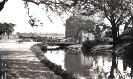 Hirst Lock canalside building