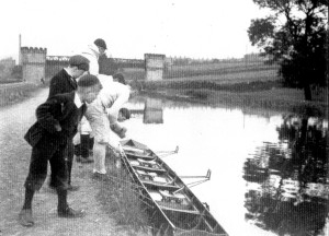 Bridge below Hirst Lock